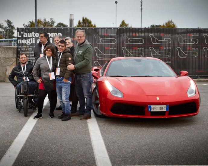 La Comunità Alloggio di via Amoretti in pista al Circuito di Monza